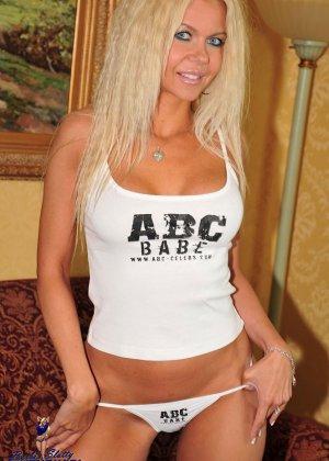 Barbi Sinclair - Галерея 2824386 - фото 2