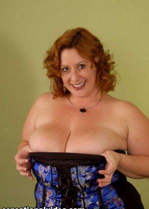 Секс с красивой толстой рыжей дамой Никки Карс - фото 1