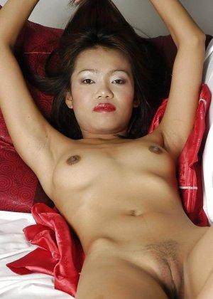 Голые азиатские красотки - фото 11