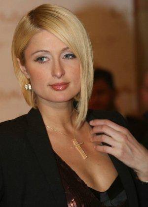 Paris Hilton - Галерея 2927239 - фото 4