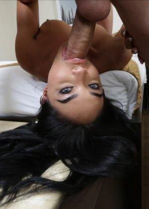 Трахнул красивую латинскую девушку Селена Сантана - фото 8