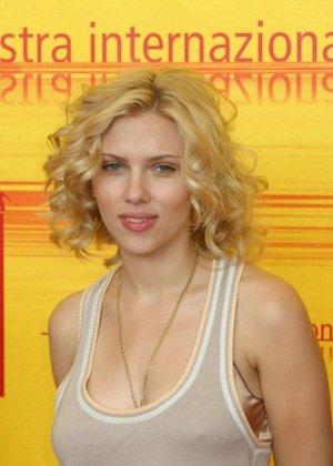 Scarlett Johansson - Галерея 2973983 - фото 13