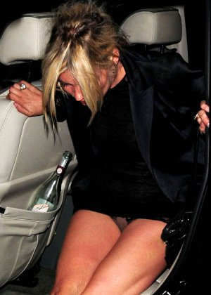 Kate Moss - Галерея 2475113 - фото 11