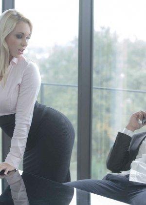 Быстрый секс на работе - фото 2