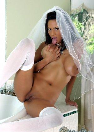 Голая пизда невесты - фото 11