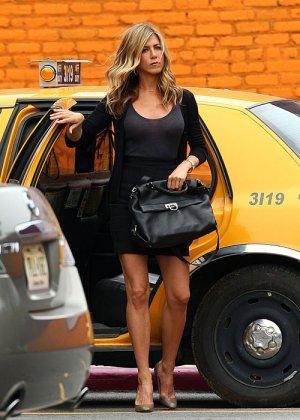 Jeninifer Aniston - Галерея 2478924 - фото 12