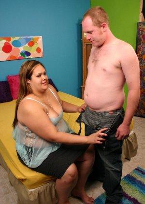 У толстой женщины давно не было секса - фото 6