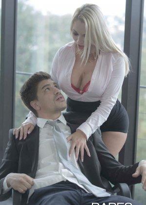 Быстрый секс на работе - фото 6
