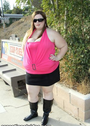 Секс с очень толстой женщиной - фото 3