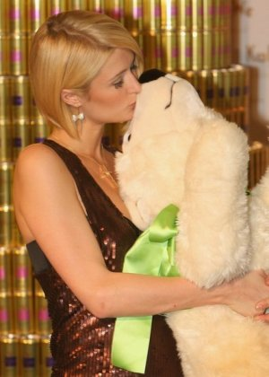 Paris Hilton - Галерея 2927239 - фото 5