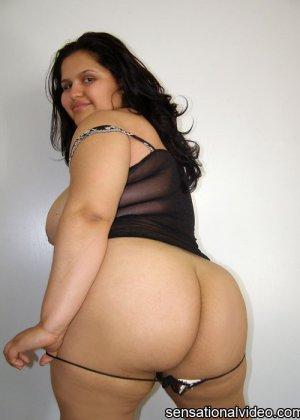 Негр отъебал жирную красавицу в корсете - фото 14