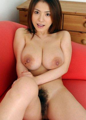 Сексуальные красивые азиатки раздеваются - фото 15