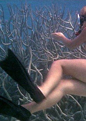 Helen Mirren - Галерея 2489145 - фото 9