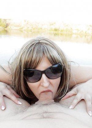 Ебля нудистов на пляже - фото 1