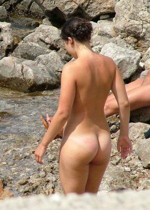 Голые русские девушки на пляже - фото 3