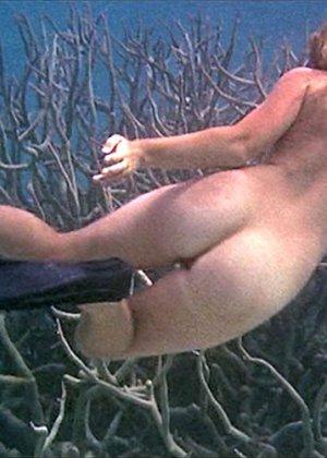 Helen Mirren - Галерея 2489145 - фото 2