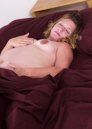 Подборка порно фотографий раскрепощенных беременных телок - фото 14