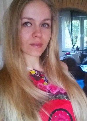Горячая немецкая штучка очень соблазнительна в красивом белье и без него - она не знает стеснения - фото 35
