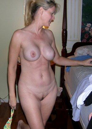 Блондинка обладает соблазнительной внешностью, поэтому она может совратить кого угодно - фото 30