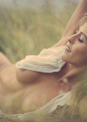 Специально для тех, кто бы хотел насладиться красотой датчанок, создана эта эротическая галерея - фото 13