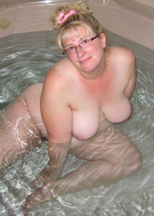 Зрелые дамочки любят развлечься, ведь им только и остаётся получать удовольствие от секса - фото 41
