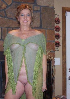 Зрелые дамочки любят развлечься, ведь им только и остаётся получать удовольствие от секса - фото 19