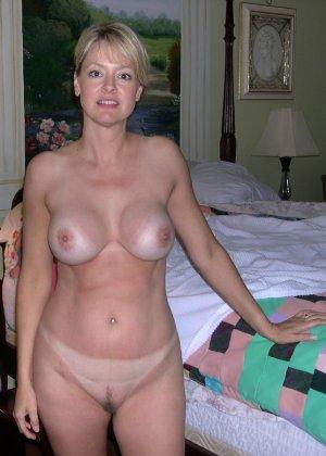 Блондинка обладает соблазнительной внешностью, поэтому она может совратить кого угодно - фото 31