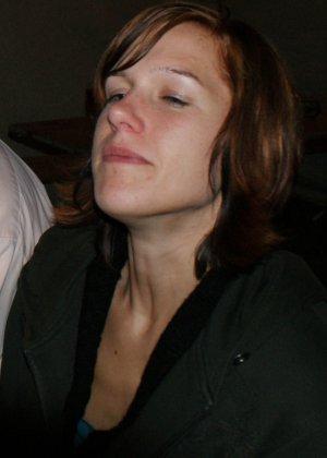 Кэти похожа на мужчину – возможно в этом тайна тех фотографий, где виден мужской член на фоне женских туфель - фото 8