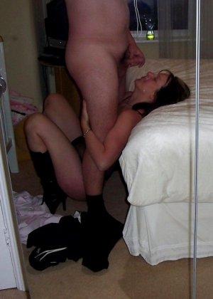 В этой галерее можно подглядеть за групповым сексом и не только – самые откровенные снимки собраны в одном месте - фото 1