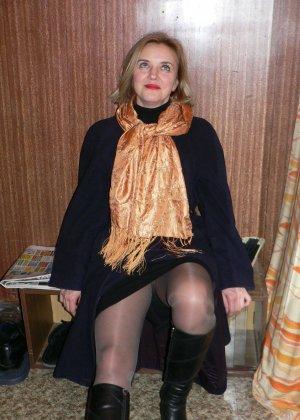 Зрелая женщина обладает достаточной сексуальностью, поэтому старается показать себя во всей красе - фото 41