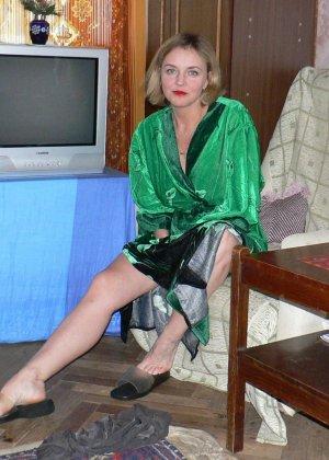 Зрелая женщина обладает достаточной сексуальностью, поэтому старается показать себя во всей красе - фото 10