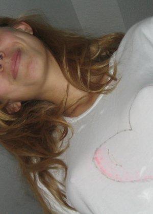 Итальянская девушка показывает свое красивое тело и соблазняет молодого человека очень быстро - фото 67 - фото 67 - фото 67