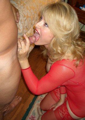 Блондинка обладает соблазнительной внешностью, поэтому она может совратить кого угодно - фото 12