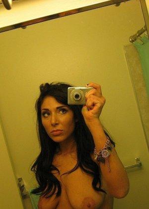 Любительская фото сессия сногсшибательной латиноамериканской девушки - фото 76