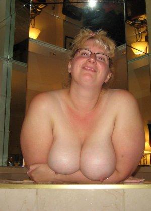 Зрелые дамочки любят развлечься, ведь им только и остаётся получать удовольствие от секса - фото 38