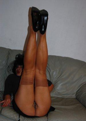 Раскрепощенная и гламурная чертовка хвастается своим сексуальным телом - фото 3