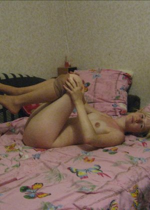 Яна Харитонова – раскованная русская девушка, которая готова показывать себя с разных ракурсов - фото 28