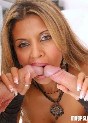 Девушки любят брать в рот большие члены - фото 8