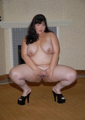 Толстая азиатка скачет на хую - фото 3