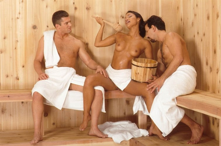 smotret-zhenskaya-masturbatsiya-v-tualete