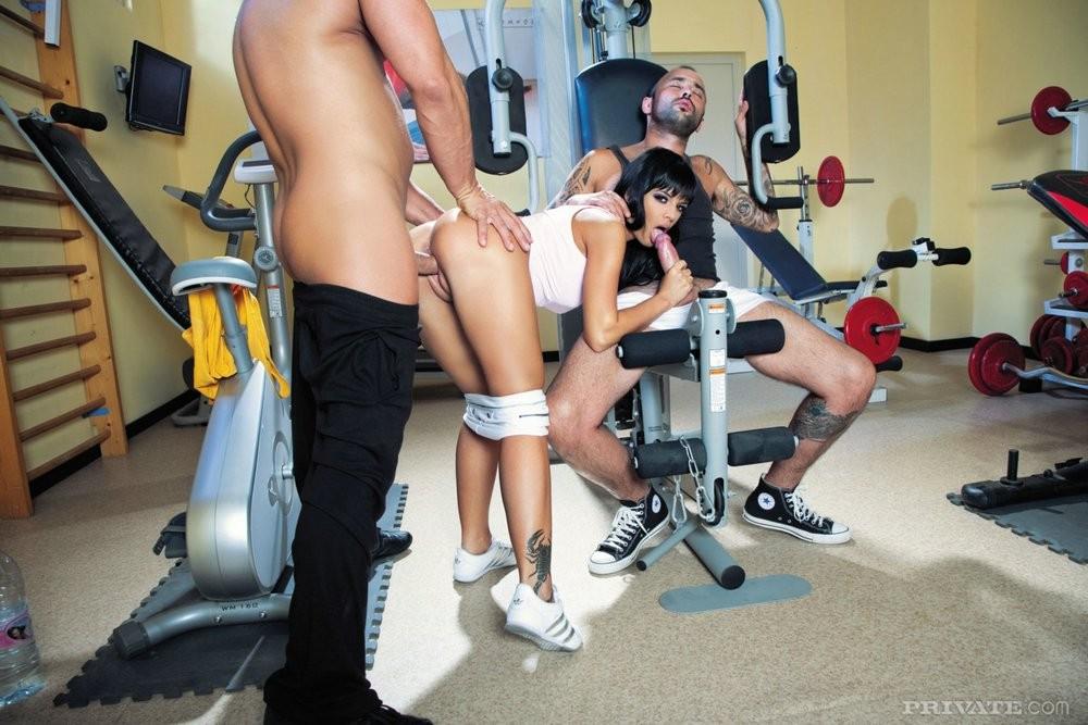 секс спортзал бесплатно