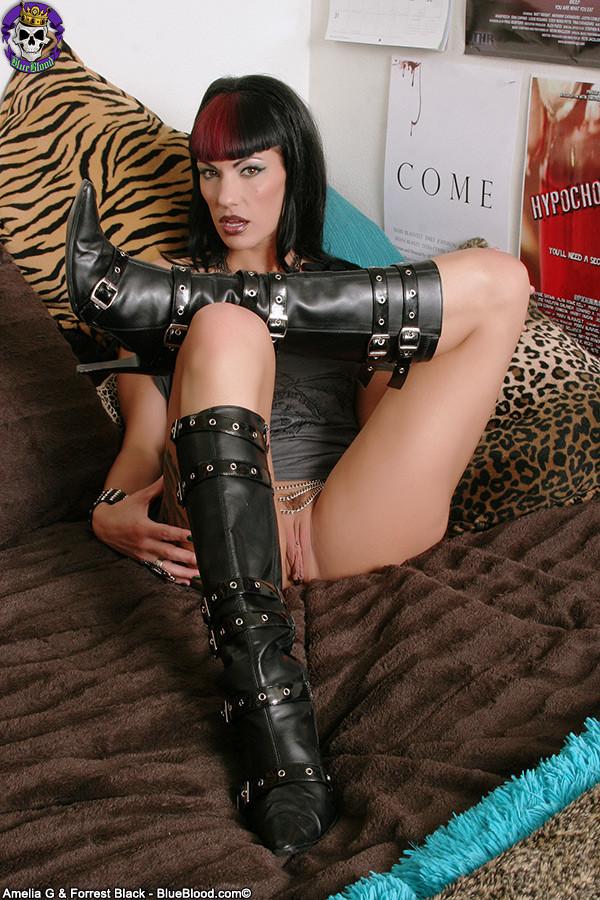 Goth dominatrix porn