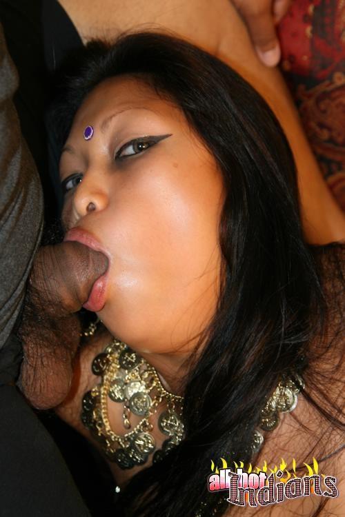 Индиский фото шлюха