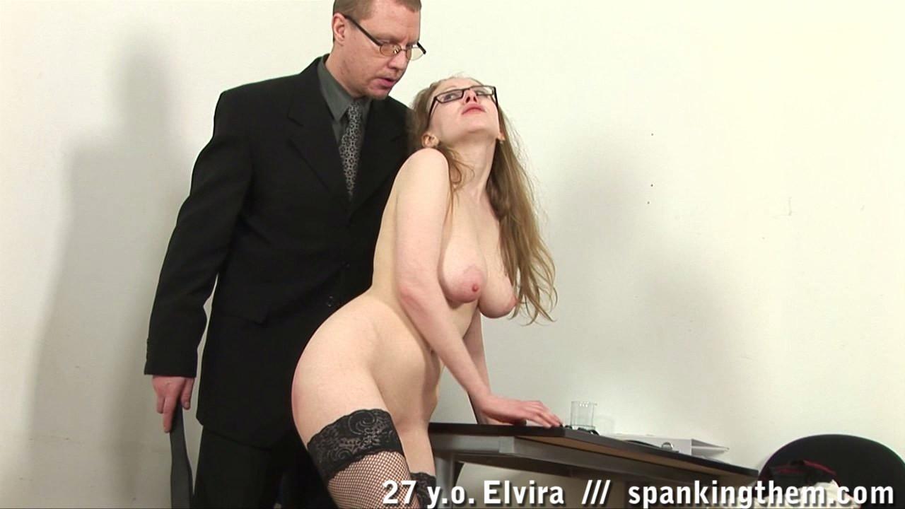 Наказал секретаршу порно