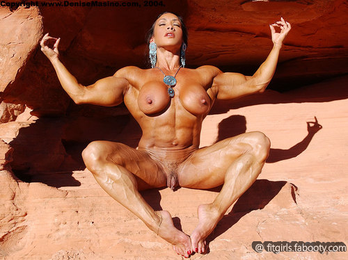 Мускулистые голые девушки фото