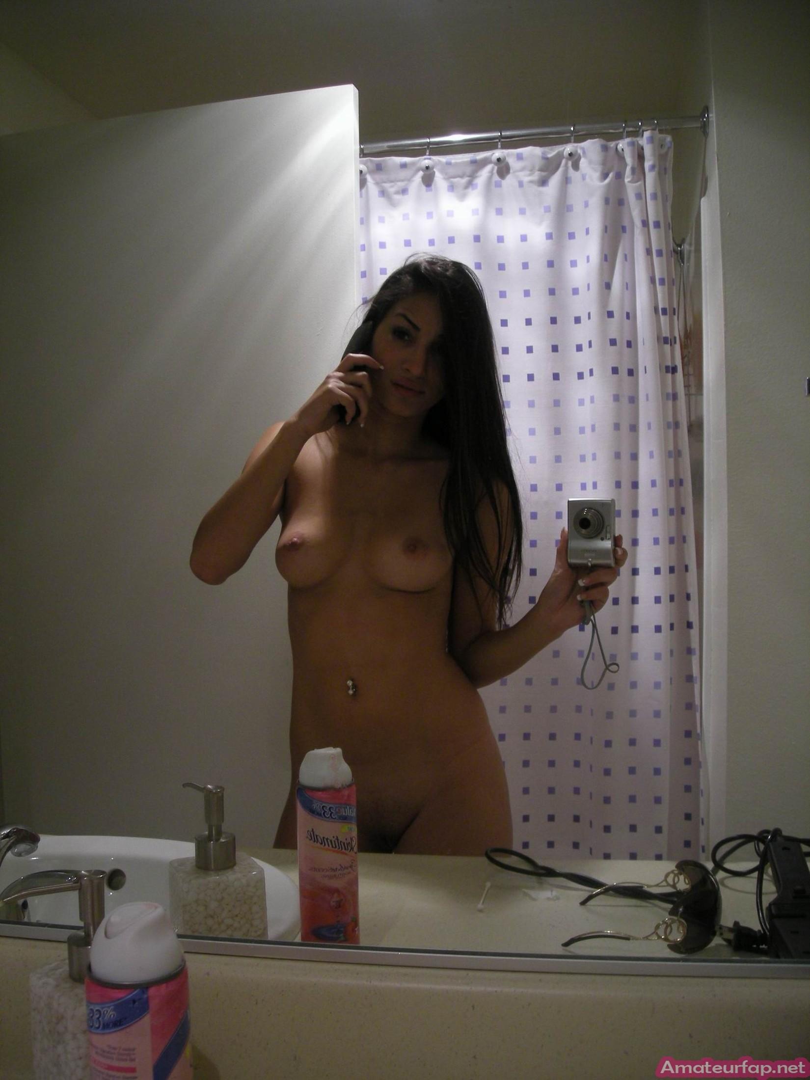 Молодая турчанка с восхитительным телом