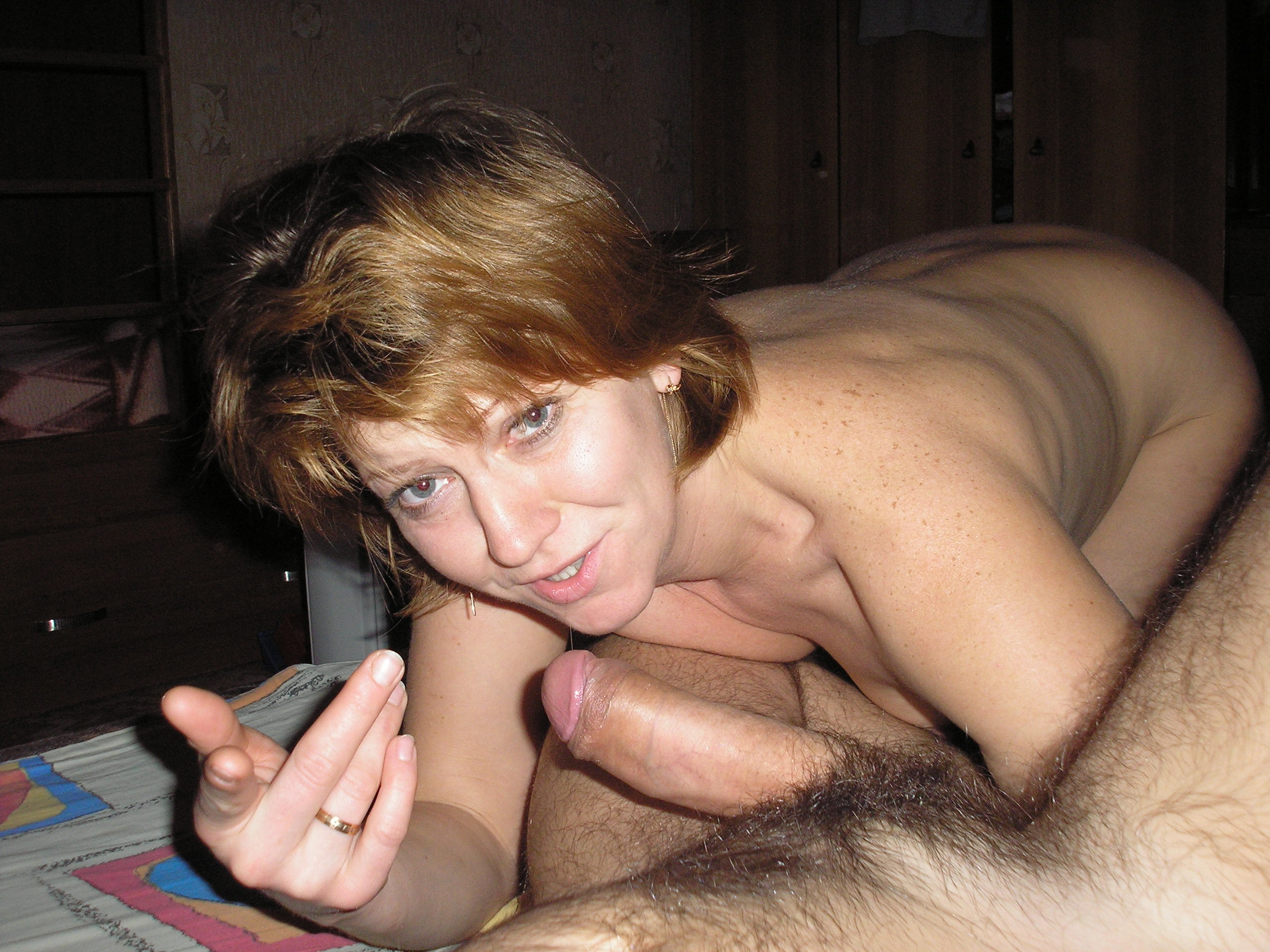 Зрелая русская дама хочет ебли