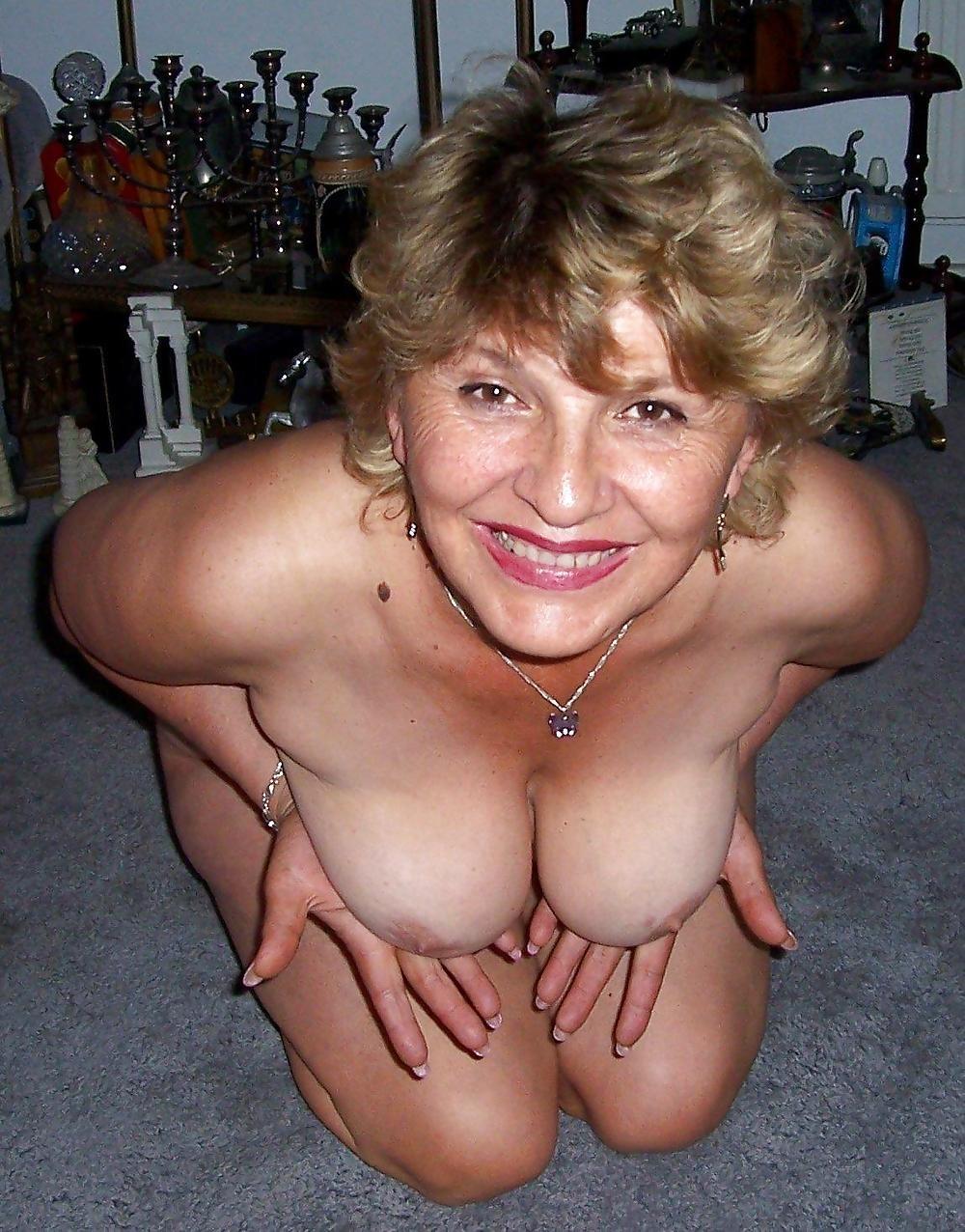 моя подружка сучка порно
