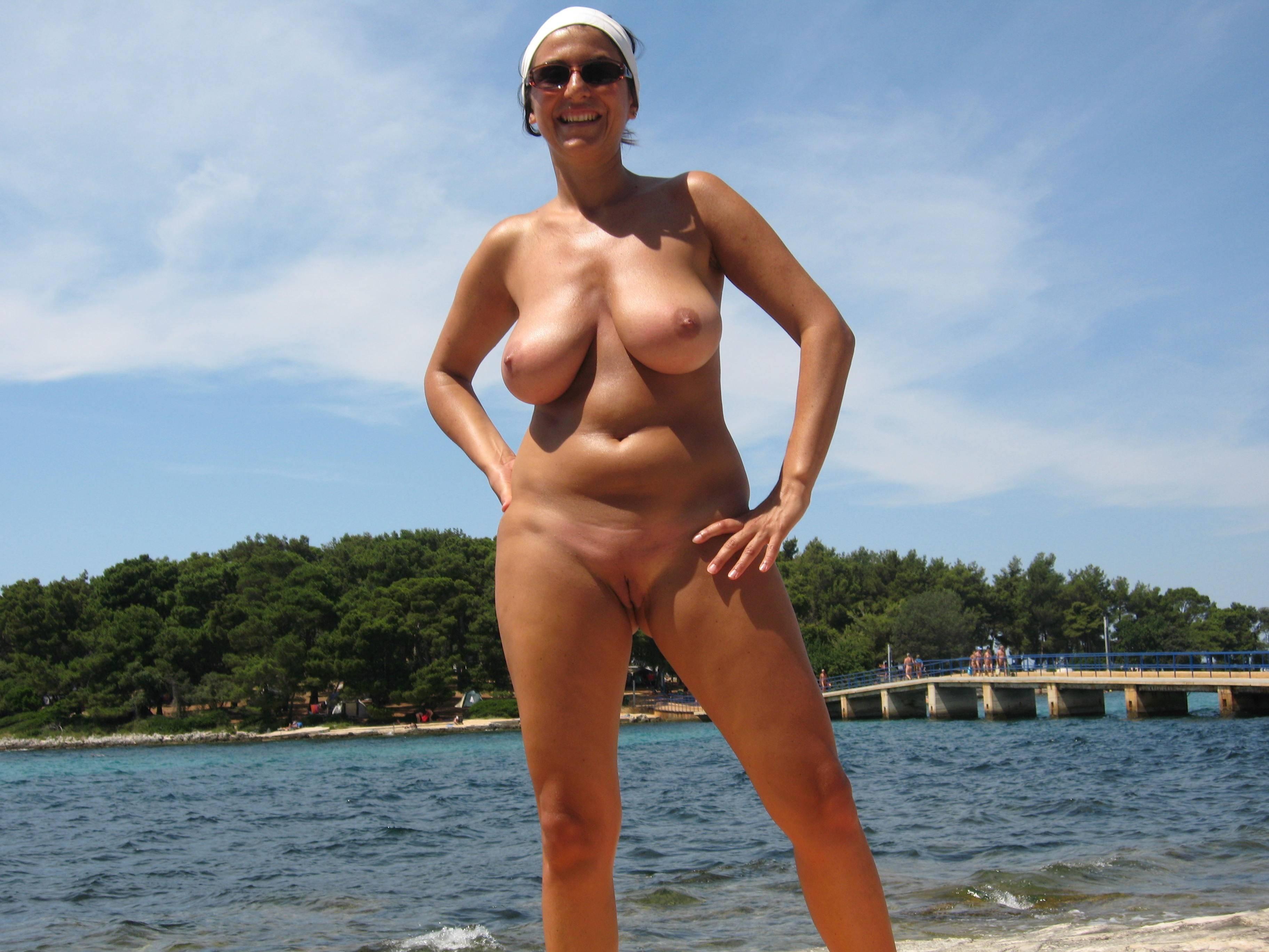 Пляжные  508 галерей Смотреть порно фото