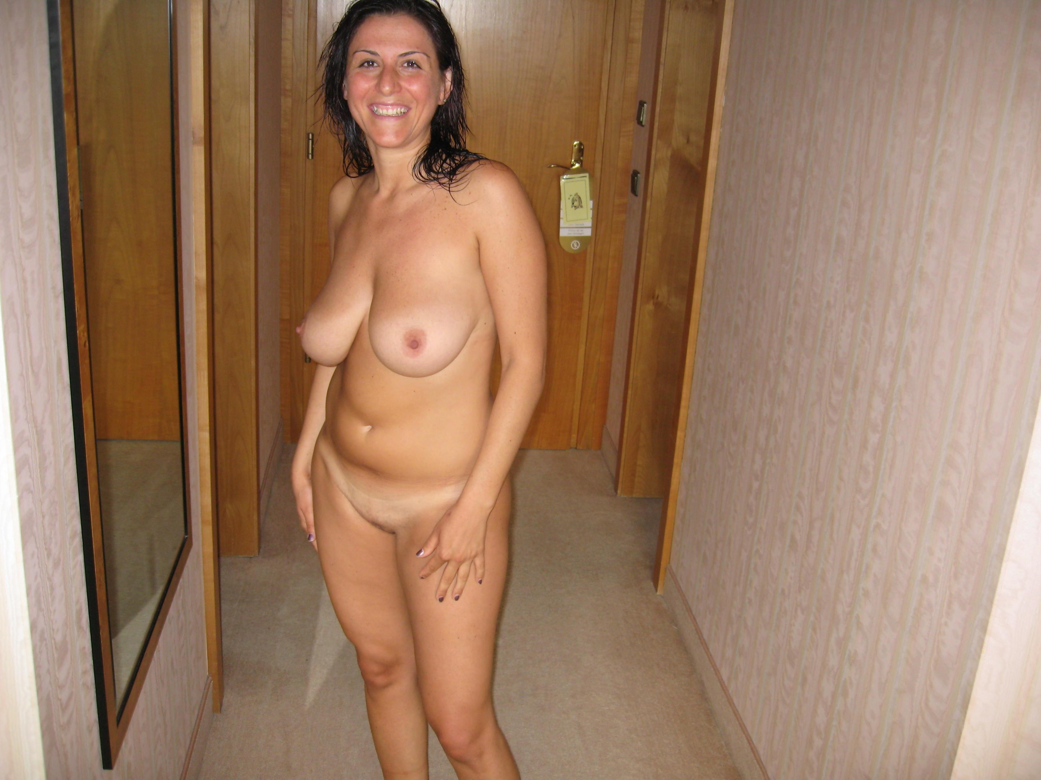 Фото голых зрелых тётак, Зрелые женщины: порно фото на Возбуждает! 12 фотография